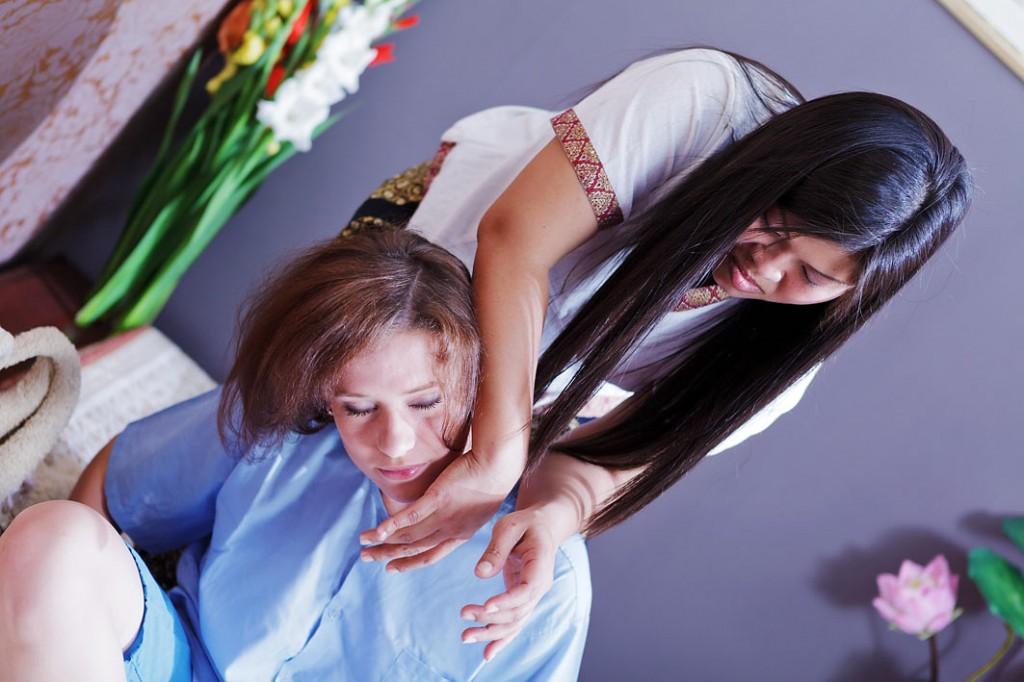 Thai Smile - Masaż Tajski pleców, ramion i głowy